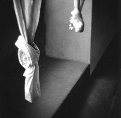 "Eric Lindbloom, ""Curtains, Florence"", 1983, gelatin silver print. Courtesy Gallery 292, NYC."